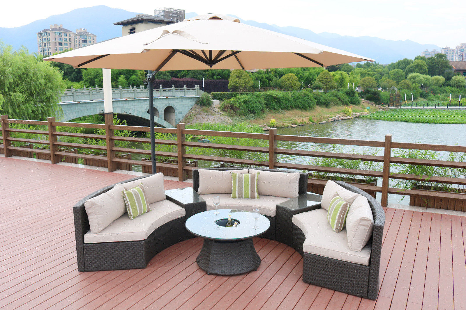 [Hot Item] Update New Design Half Round Outdoor Rattan Sofa Patio Furniture  Garden Sets