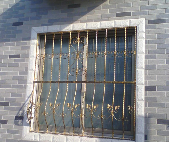China simple iron window grill design photos pictures