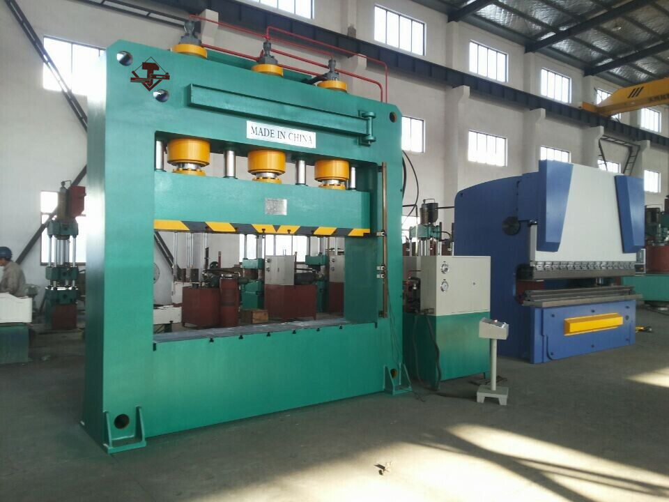 Hydraulic Quick Type Sheet Iron Design Press (YK32-350T) pictures & photos