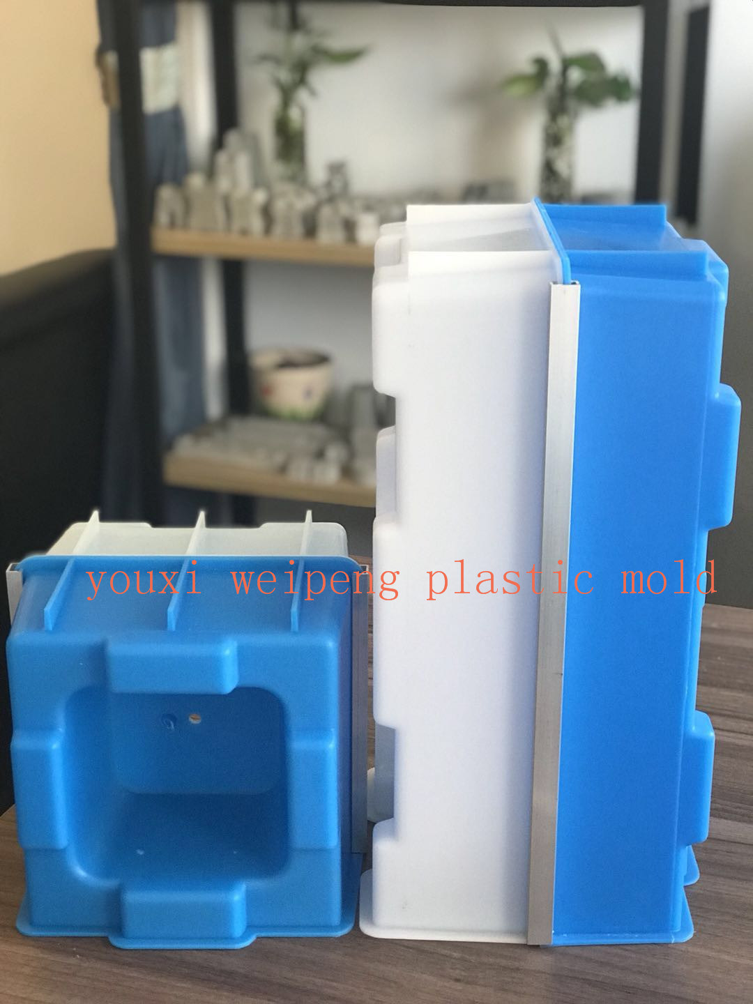 Hollow Interlocking Brick Mold for Building House