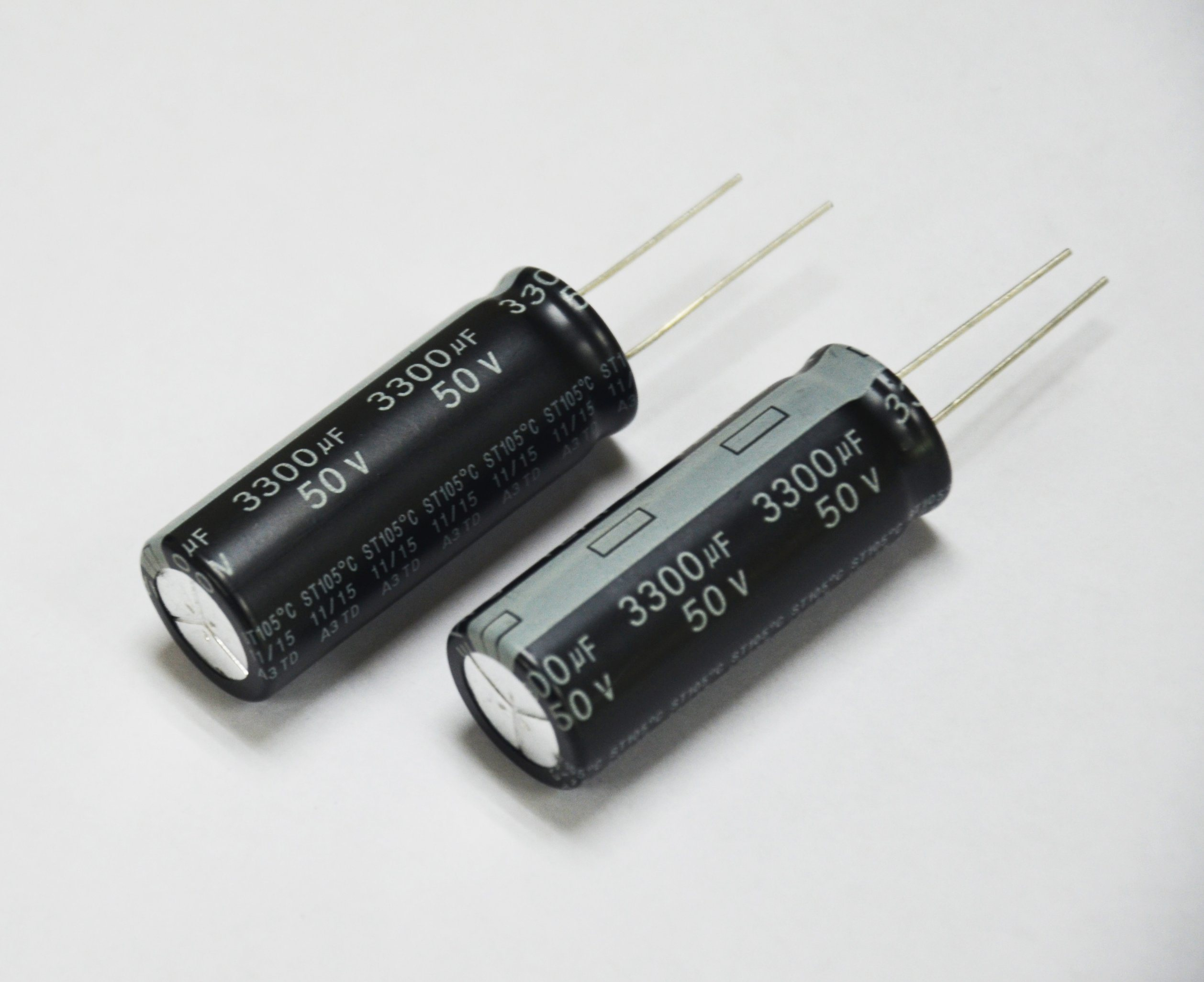 Compliance SL Aluminum Electrolytic Capacitor RoHS pictures & photos