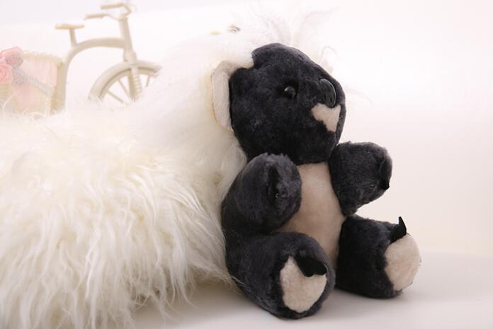 Wholesale High-Quality 100% Real Sheepskin Plush Animal Plush Toy for Kids/Baby/Children pictures & photos