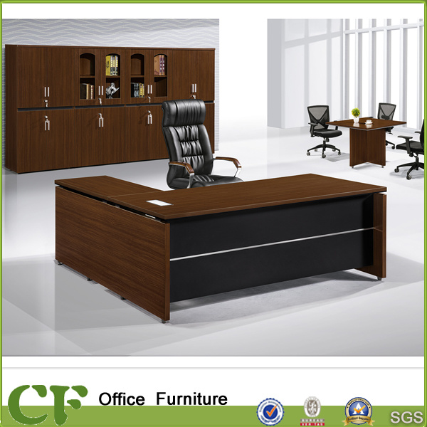 China Clic Style Commercial Use Furniture Wooden Office Desk For Ceo Modern