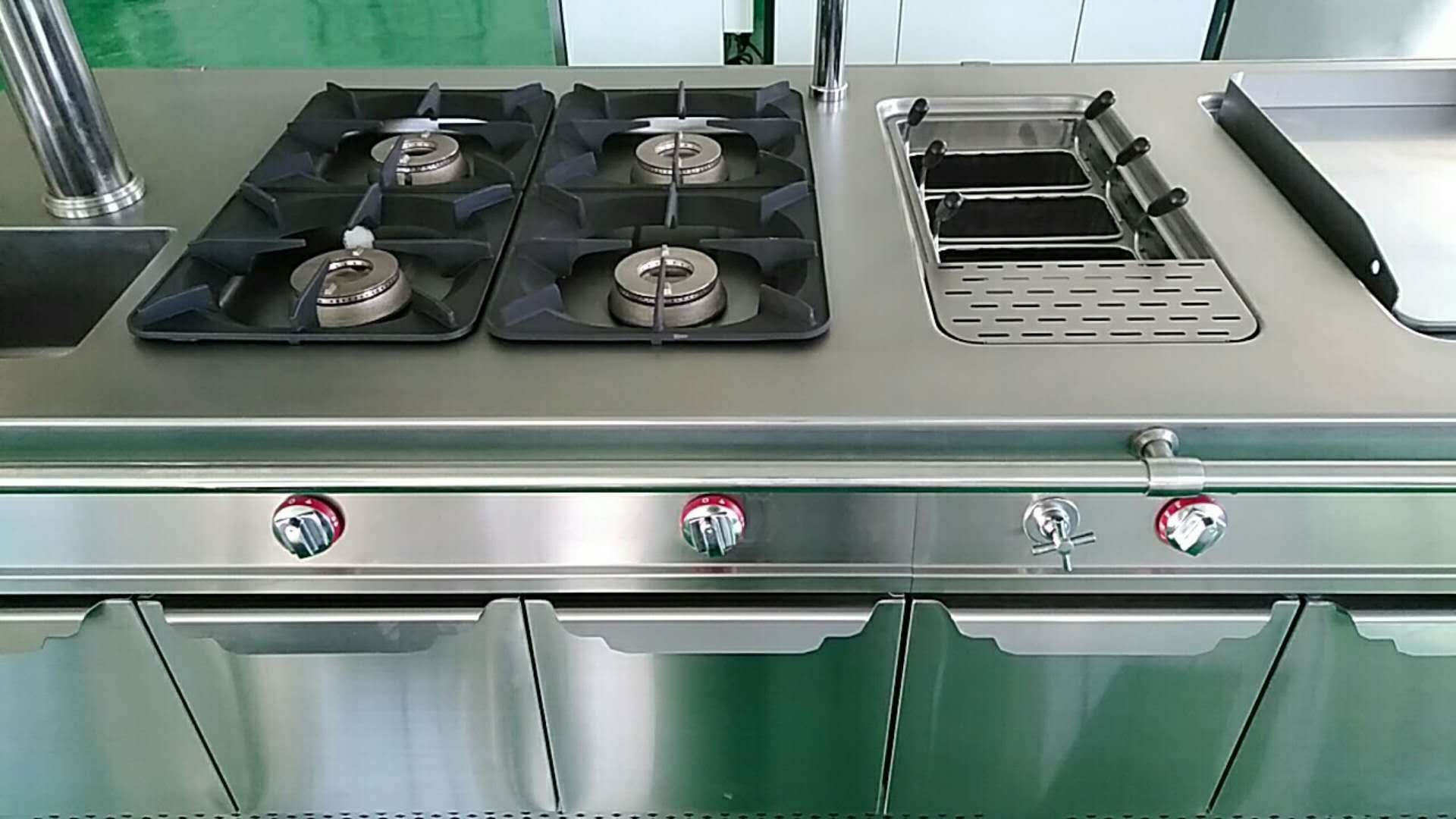 Gas Range With 4 Burner Oven Industrial Cooking