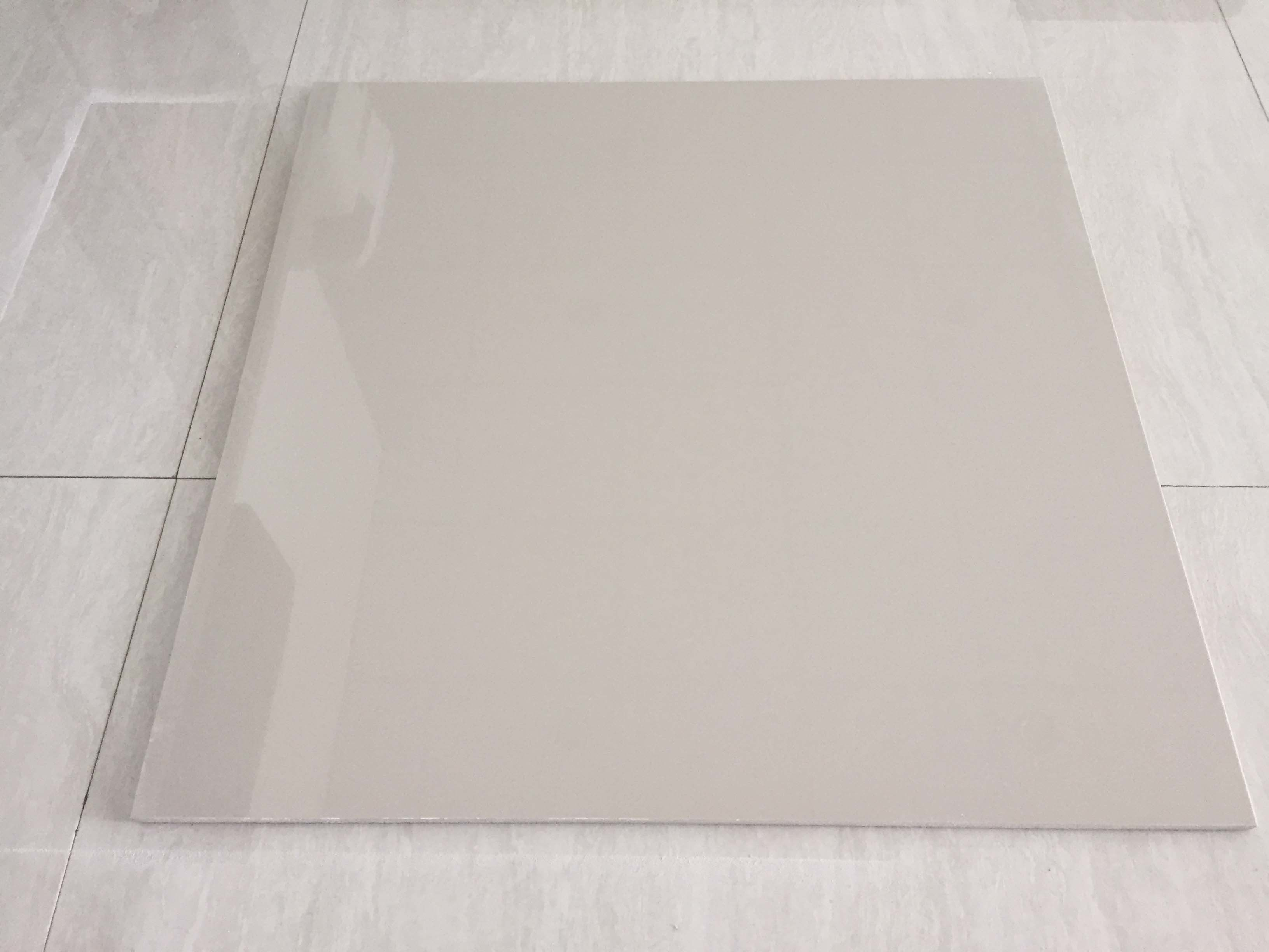 China Promotion Foshan Ceramic Ivory White Polished Porcelain Floor Tile P600