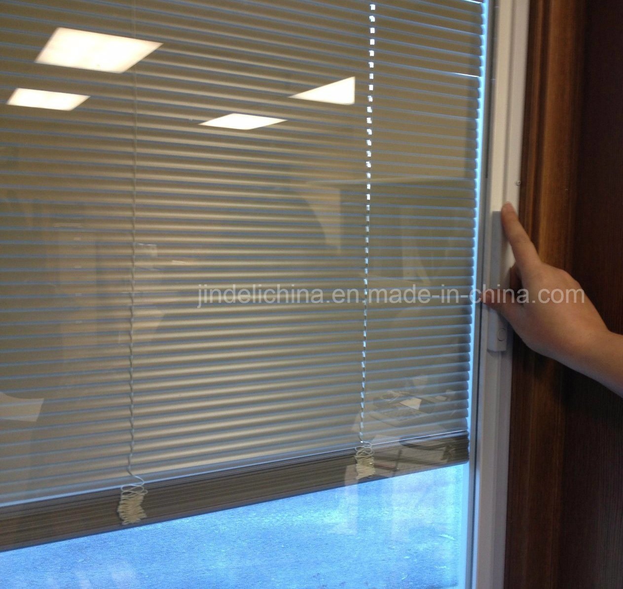 China Insulated Glass Blinds For Double Glazed Doors Windows China