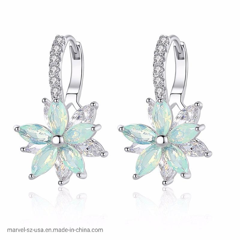 China Clear Stone Flower Shape Fashion Jewelry