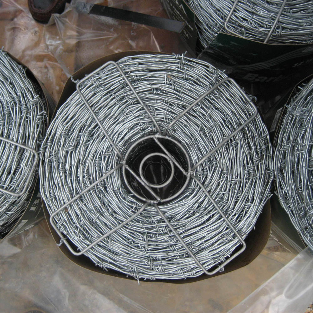China Hot Dipped Galvanized Weight Cheap Barbed Wire - China Barbed ...