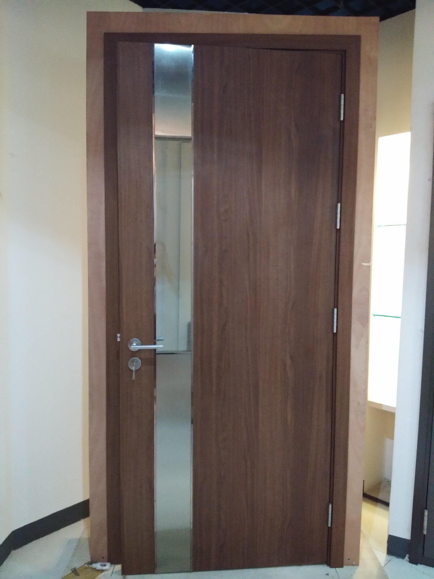 China Exterior Interior Security Fire Proof Emergency Entry Exit Prevent Rated Solid Wood Door With Core