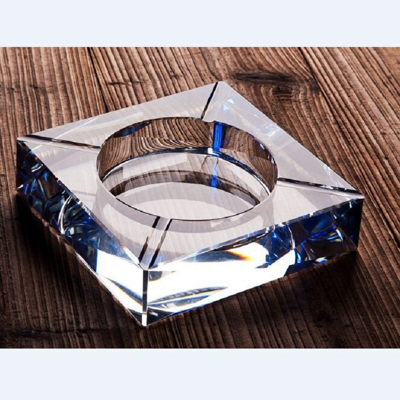Fastion Square Glass Crystal Ashtray for Hotel Decoration