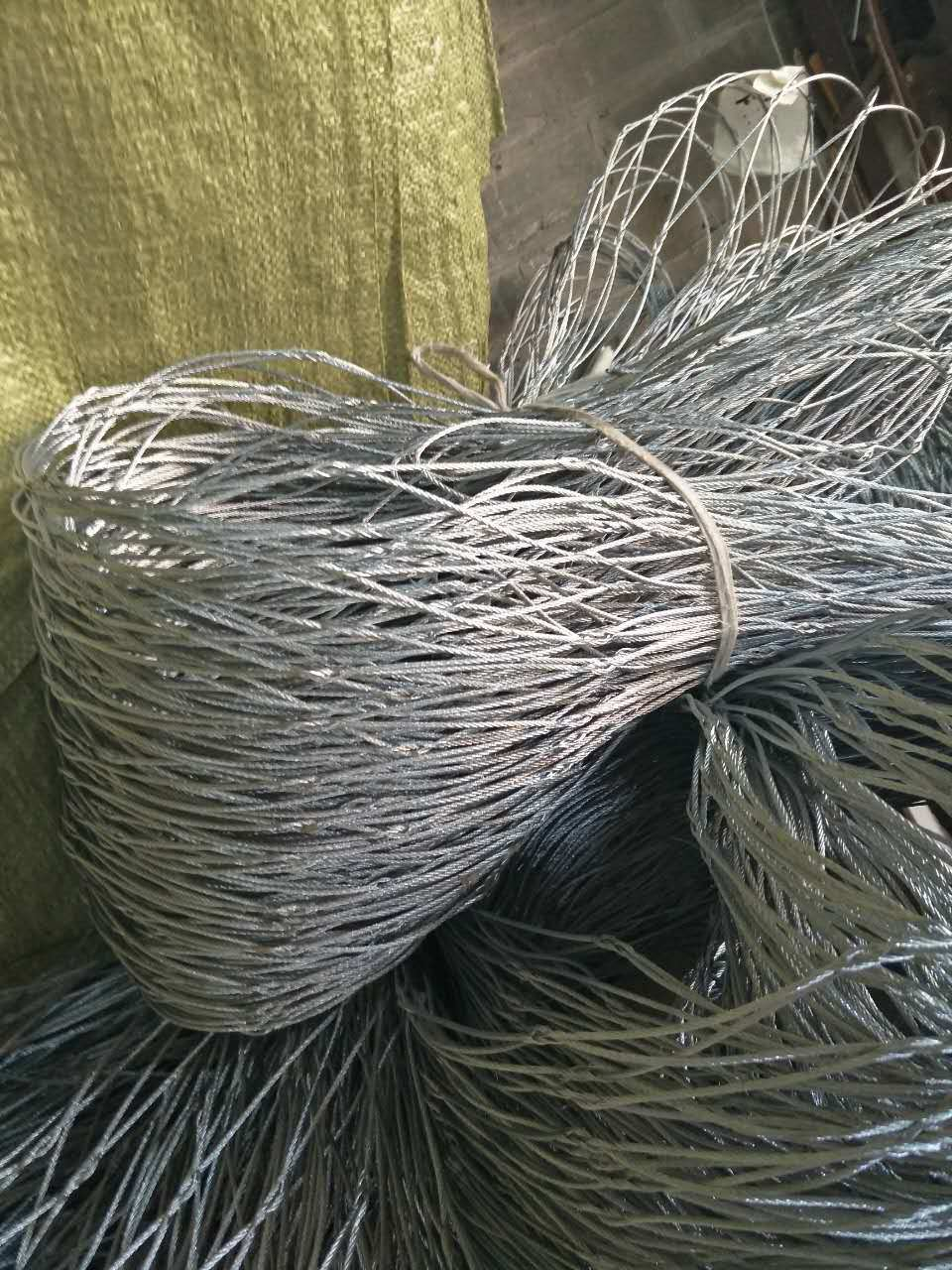 China Interwoven/Hand Woven/Knotted Stainless Steel Wire Rope/Cable ...