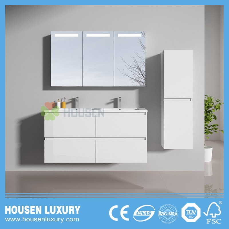 Hot Item Deluxe Modern Bathroom Vanities With Wide Mirror Cabinet And Double Basins