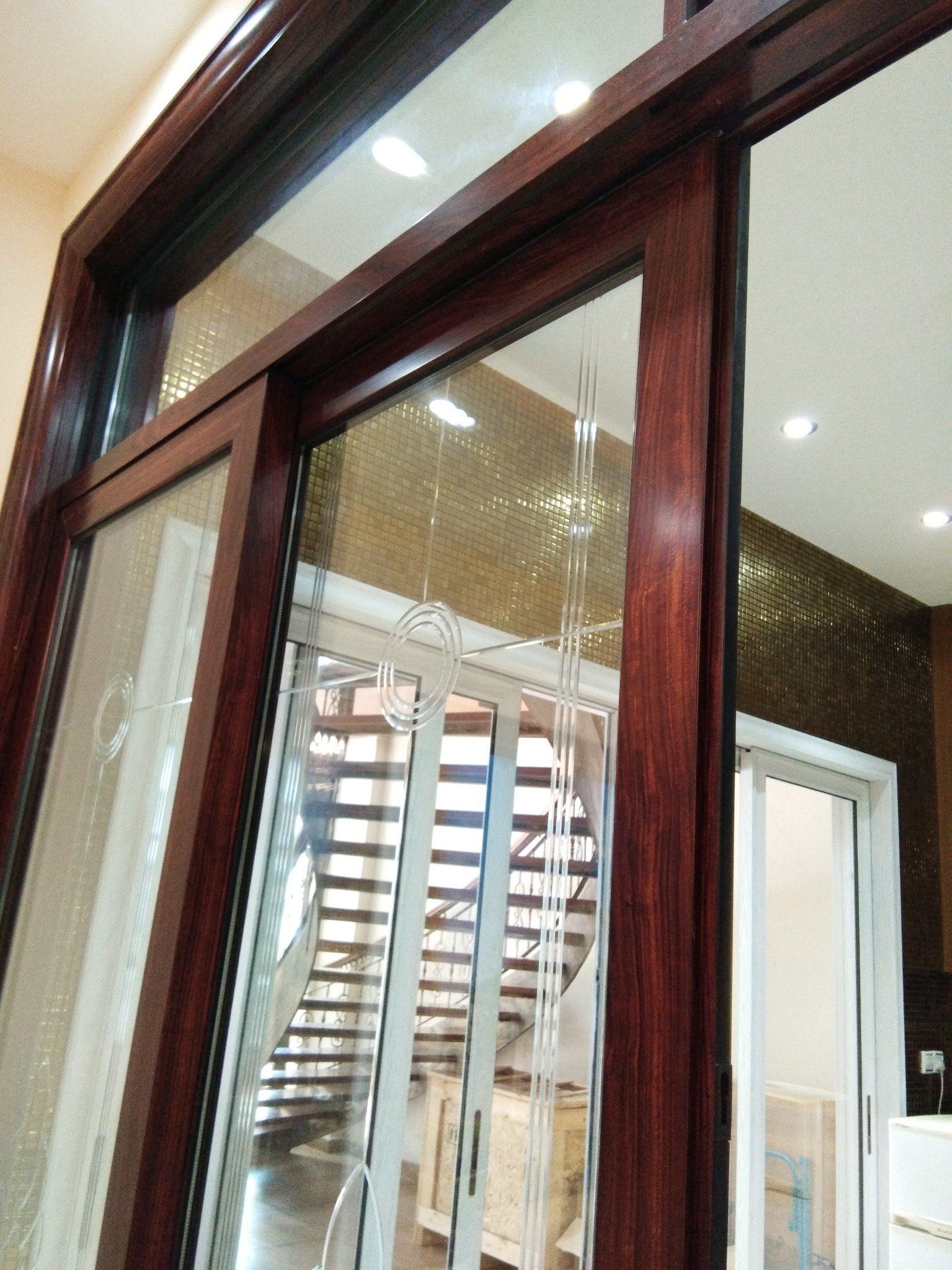 China Door Manufacturer Trackless Glass Sliding Door Interior Door