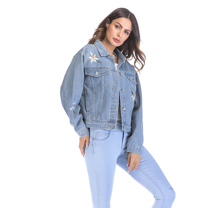 906049a42ccc China Light Blue Lily Embroidery Short Cotton Denim Jacket Ladies ...