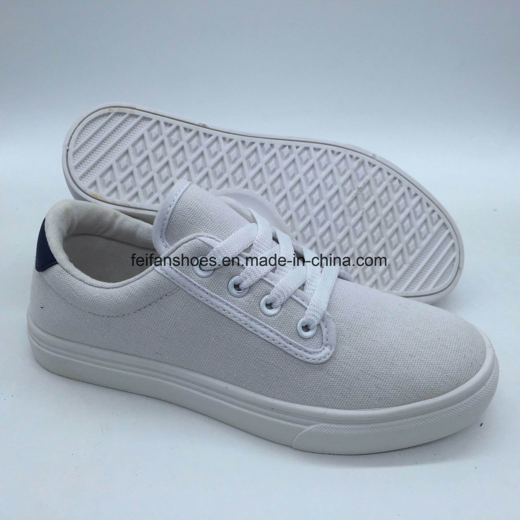 China New Style Ladies Flat Casual