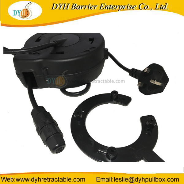 Hair Dryer Retractable Cable Reel Extension Cord pictures & photos