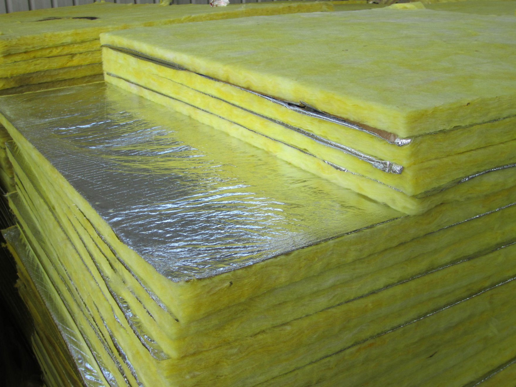 China Fsk Facing Glasswool For Ceiling Heat Insulation Materials