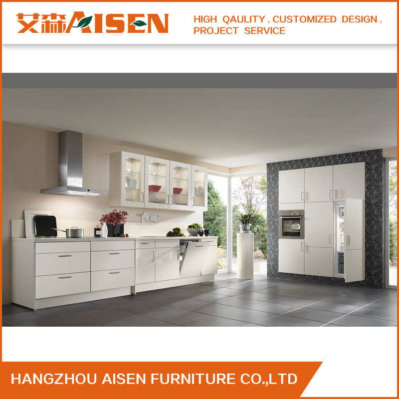 China 2018 Linear Style White Lacquer Kitchen Cabinet Furniture Easy To  Clean   China Kitchen Cabinets, Kitchen Furniture
