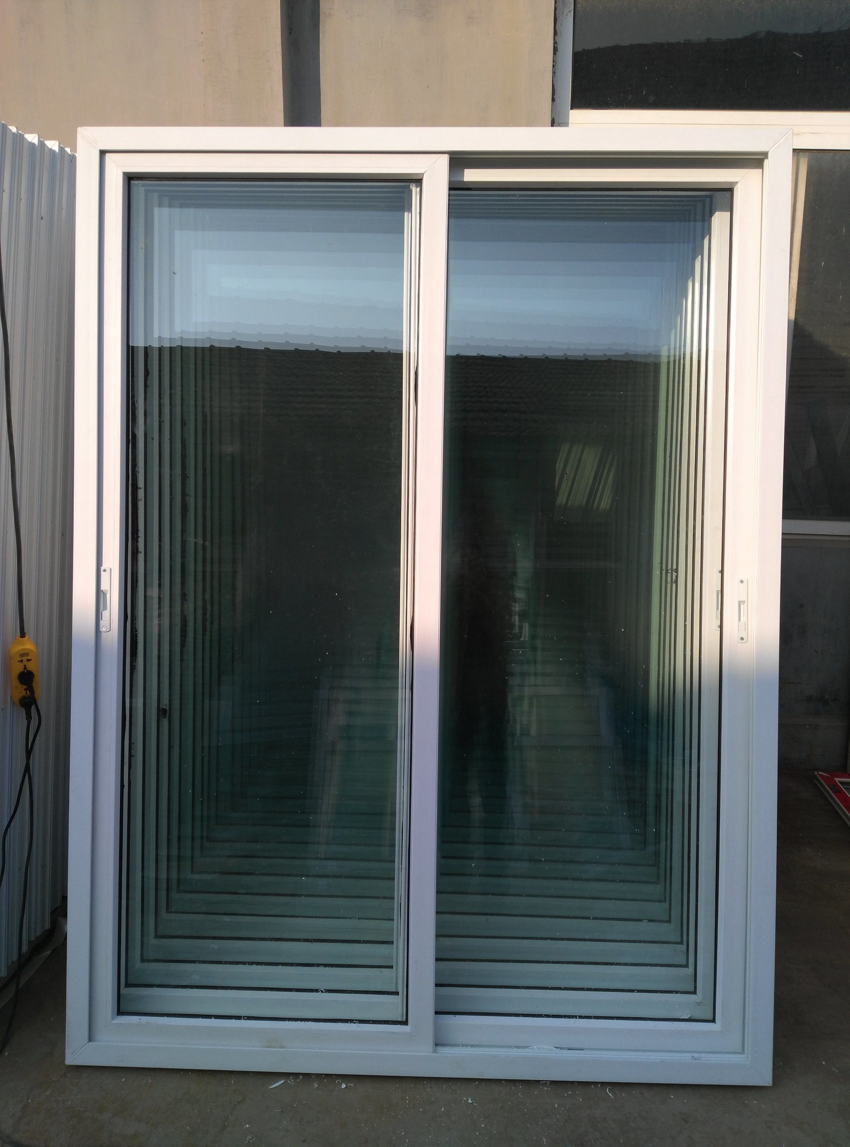 China White Frame Double Panes Upvc Sliding Door With Touch Locks