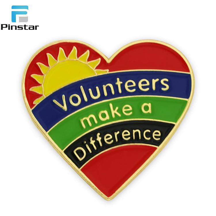 [Hot Item] Custom Soft Enamel Gold Badges Manufacture Volunteer Heart  Shaped Lapel Pins