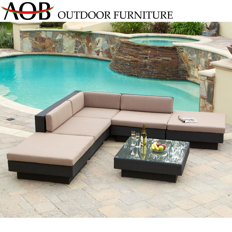 [Hot Item] Chinese Modern Outdoor Garden Home Hotel Sets Patio Poolside Rattan Wick Chairs and Table with Glass Corner Sofa Furnitures