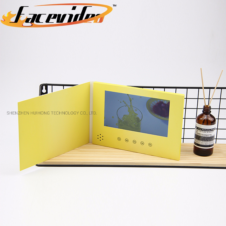 High Quality Custom Printing Video Card 7 Inch LCD Display Advertising Video Booklet Brochure Invitation Christmas Greeting Card pictures & photos