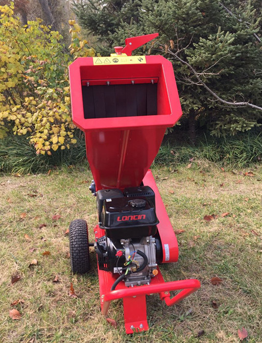 High Quality 9HP Garden Tree Chipper Shredder/Wood Crusher/Wood Cutter pictures & photos