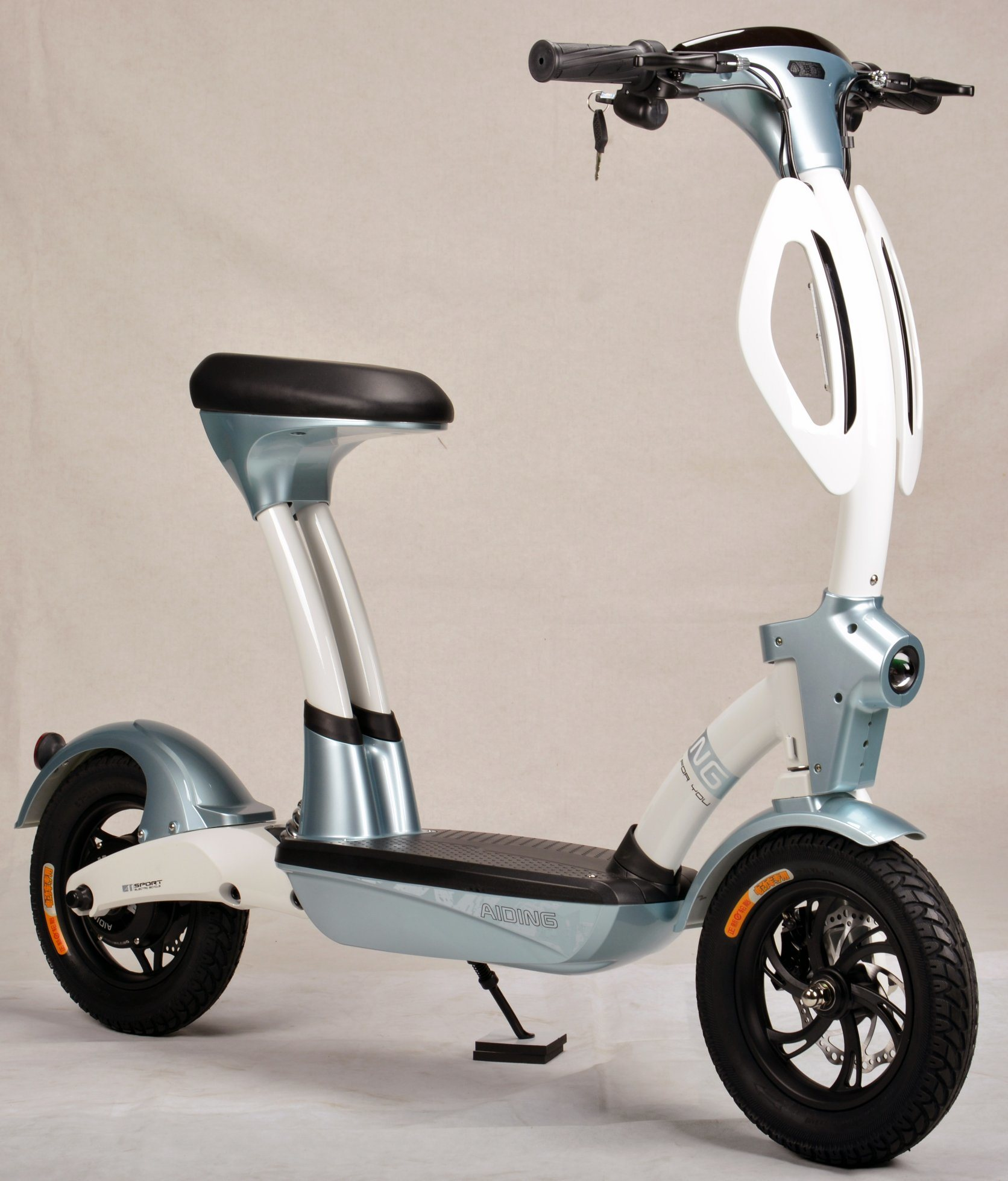 2018 New Design Two Wheels Convenient Electric Bicycle with Ce pictures & photos