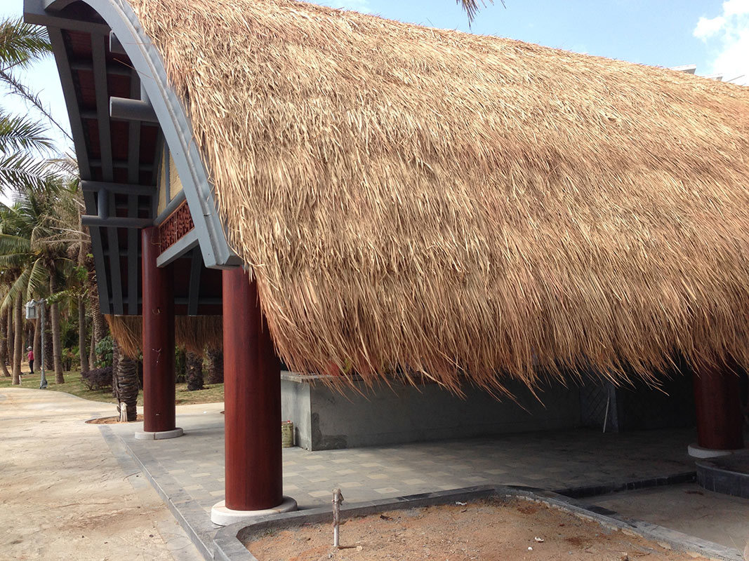 China Artificial Synthetic Simulation Thatch Roof Tile For