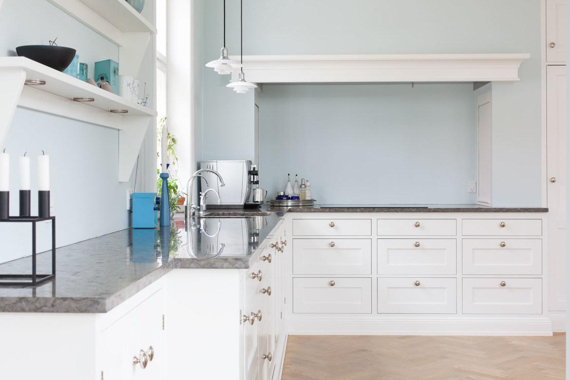 China American Style Modern Kitchen Furniture Soft White Kitchen ...