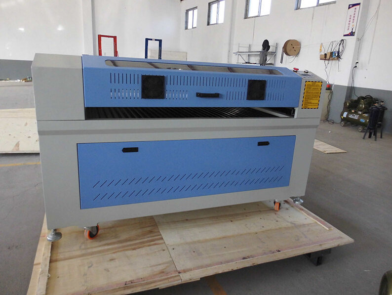 Manufacturers Sell New Product The Latest Engraver Laser CO2 Machine R1410