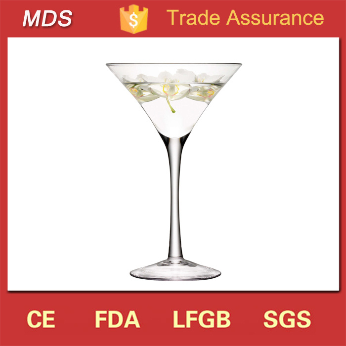 China Cheap Unique Handmade Glass Tall Martini Vases For Sale Uk