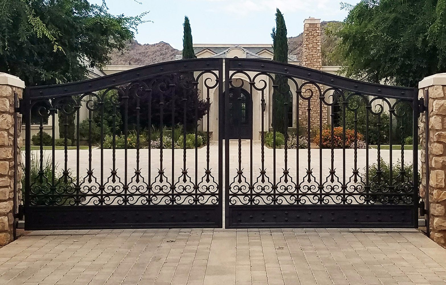 China Forged Wrought Iron Gate House Used Security