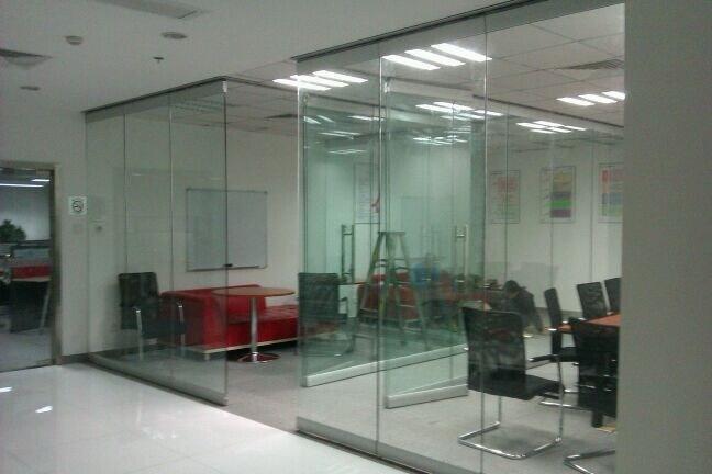 China Mordern Office Design Frameless Glass Sliding Door