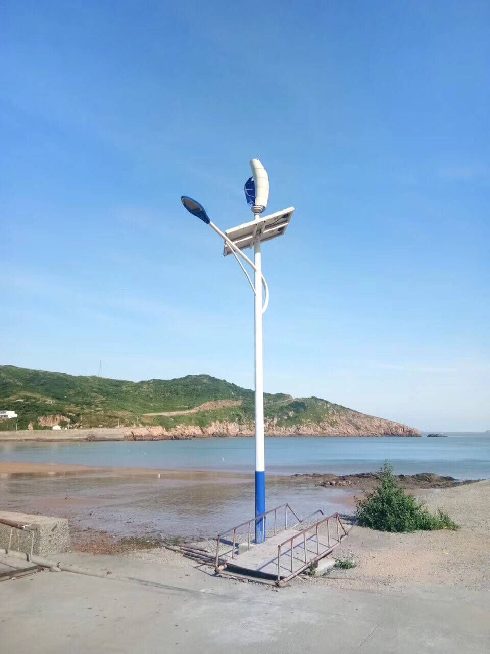 China 100w Wind Turbine And Solar Street Lamp With Wifi Shj Lds100 Voltage Led Post Lights Outdoor On Light Wiring Diagram Generator Home