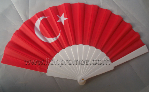 Cheap Plastic Fabric National Flag Days Souvenir Gift Fold up Fan pictures & photos
