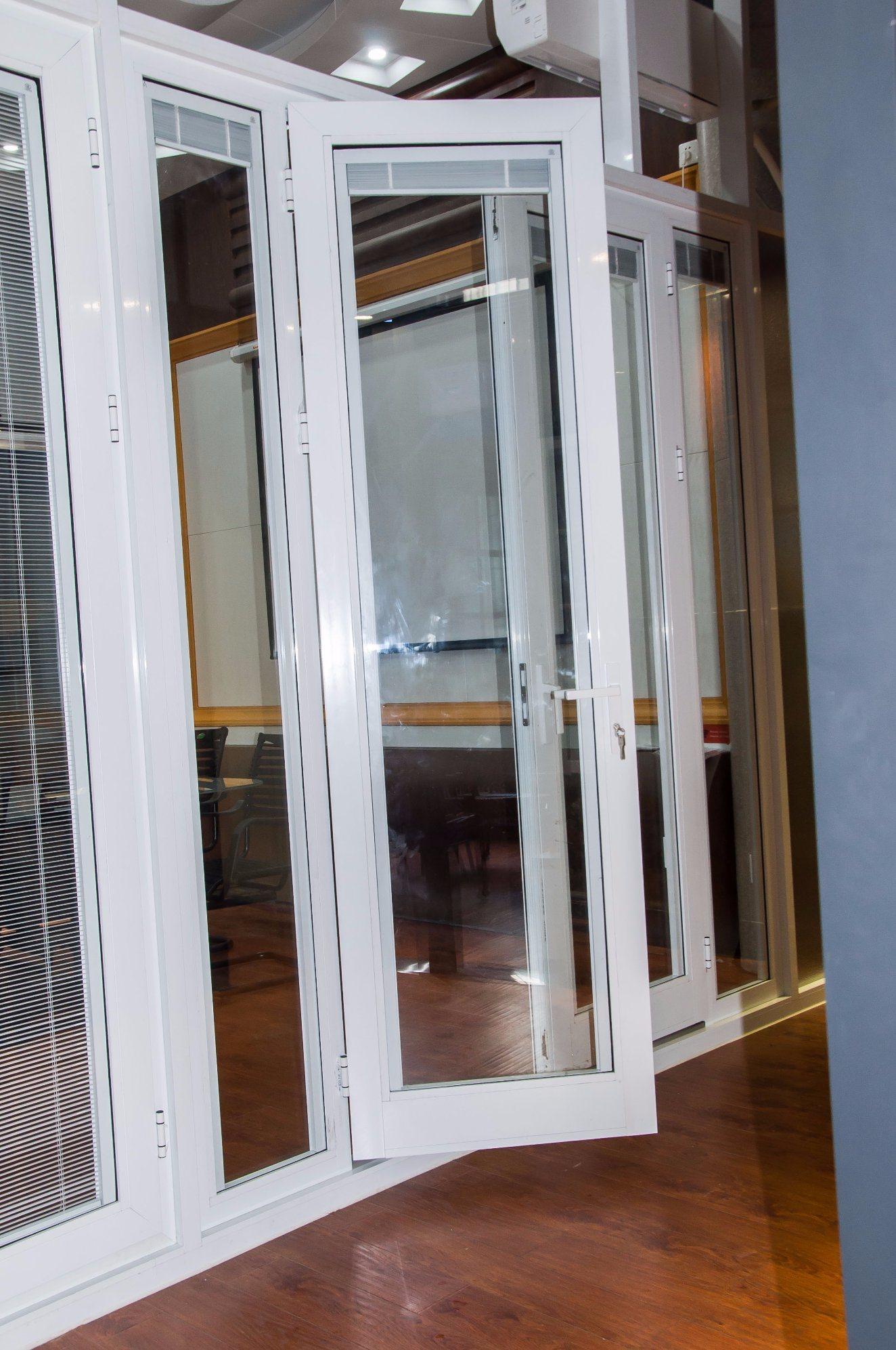 China Customized Aluminium Doors Glass Door French Door With Built In