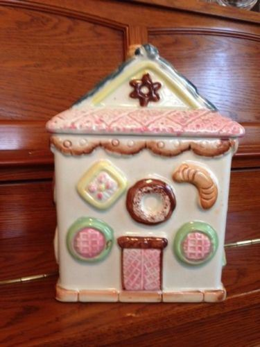 Cool Hot Item Large Ceramic Gingerbread House Cookie Jar Kitchen Home Decor Download Free Architecture Designs Rallybritishbridgeorg