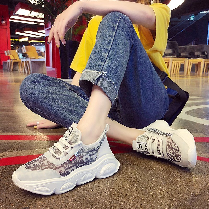 China Breathable Women Sport Shoes, Low