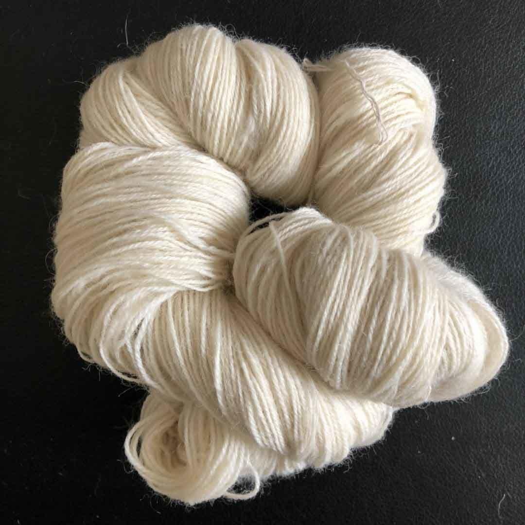 Hot Item Nm 16 3 Nm10 Nm12 3ply New Zealand Wool Yarn For Carpet