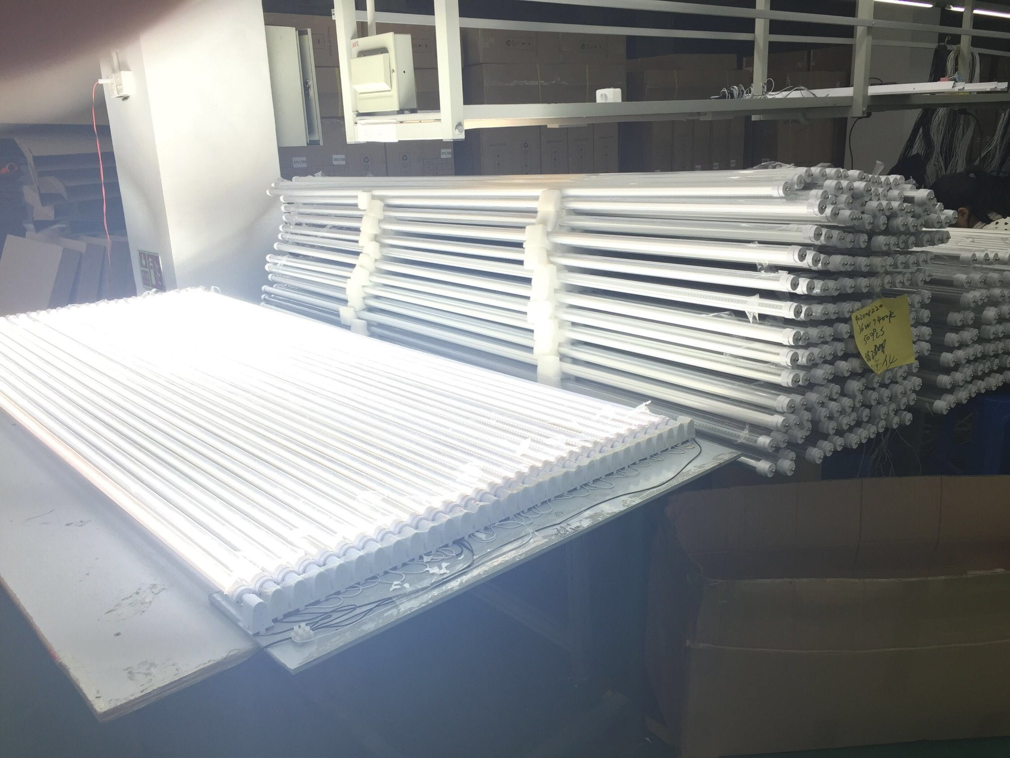 China Lamps 10w 12w 16w 20w 36w 40w Integrated Led Tube Fluorescent Light Circuit With Epistar Chips T8