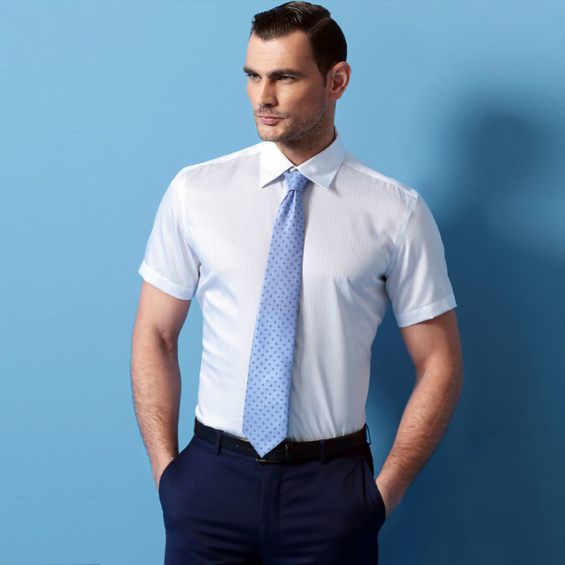 New Men′s Brand Solid Color Slim Fit Short Sleeves Business Dress Shirt