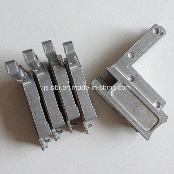 Small Size Zinc Alloy Zinc Die Castings for The Window Hardware Components with Vibratory Polishing pictures & photos