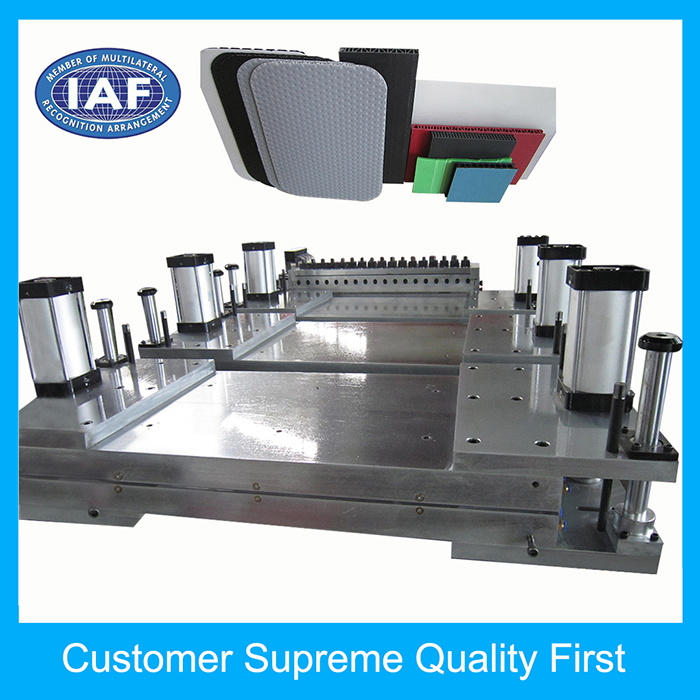 Custom PP Adjustable Hollow Grid Plate Extrusion Plastic Mould