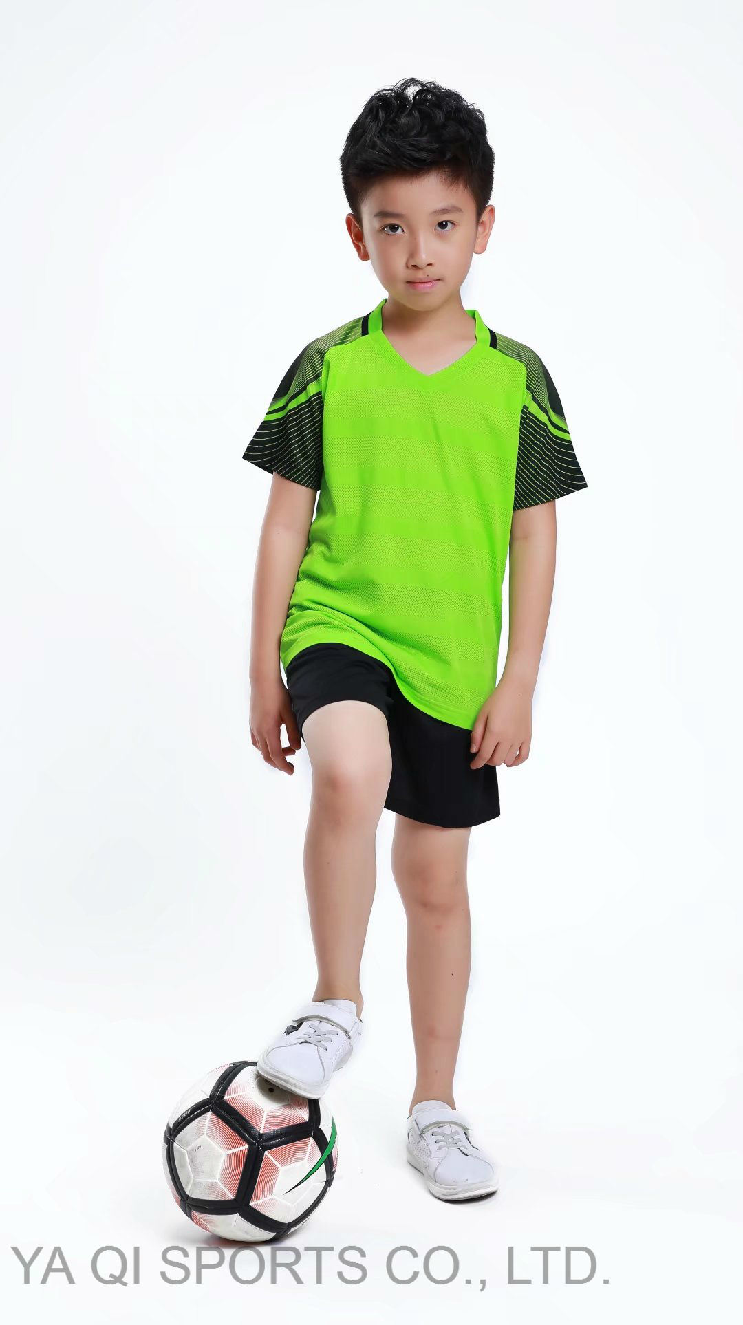 72c16288b6b Alibaba Jerseys Wholesale Football Club Baby Romper Best Quality Soccer  Kids Clothes Uniform Custom Sports Jersey New Model