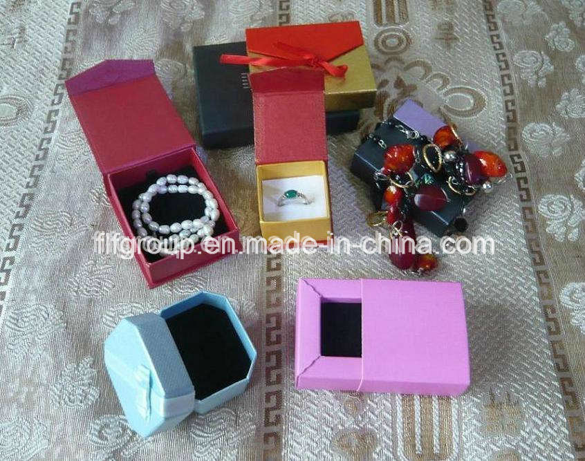 Fancy Foldable Magnet Paper Jewelry Boxes