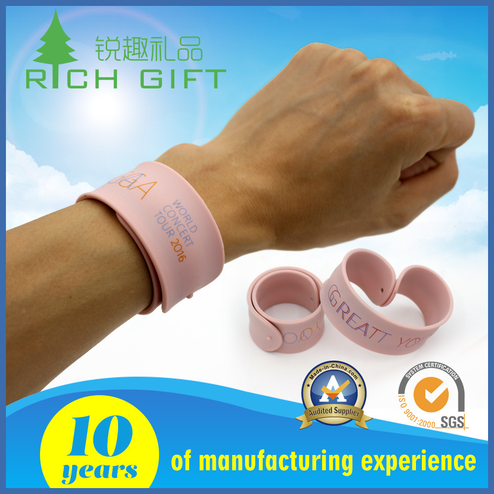 Rubber Silicone Slap Wristband Bracelet for Kids for Wholesale pictures & photos