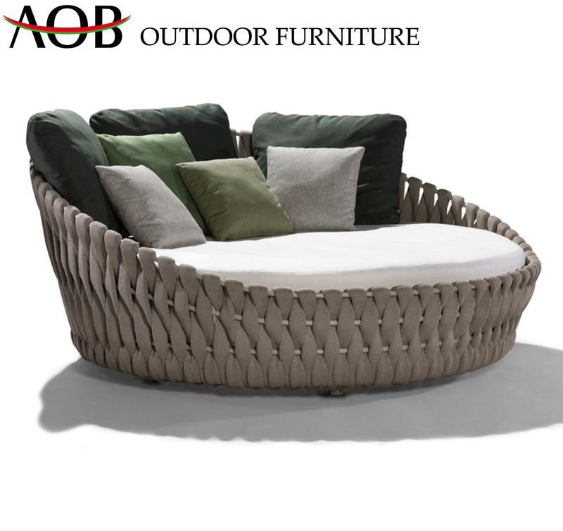 [Hot Item] Modern Outdoor Garden Hotel Resort Patio Villa Furniture Beach  Chair Sun Lounger Round Daybed Sofabed Sunbed