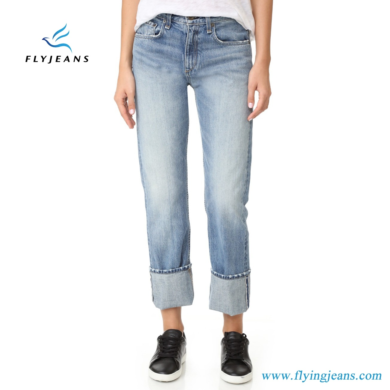 ee506e4c China Relaxed Straight-Leg Ladies Boyfriend Light Blue Denim Jeans by Fly  Jeans - China Ladies Trousers, Girls Boyfriend