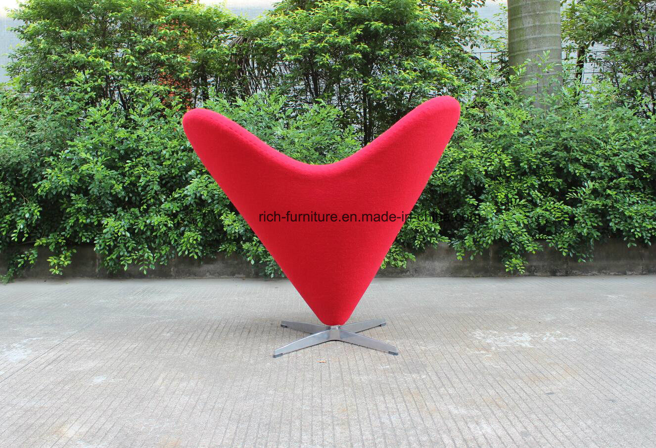 Modern Heart Shape Fabric Leisure Chair for Living Room